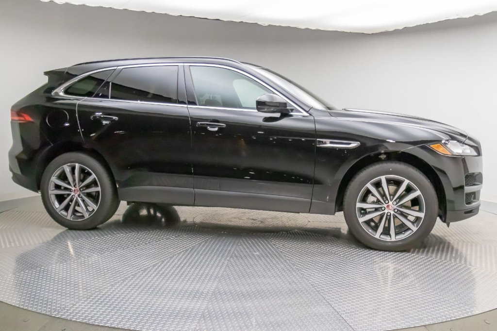 New 2019 Jaguar F-PACE 30T 30T PRESTIGE AWD PET
