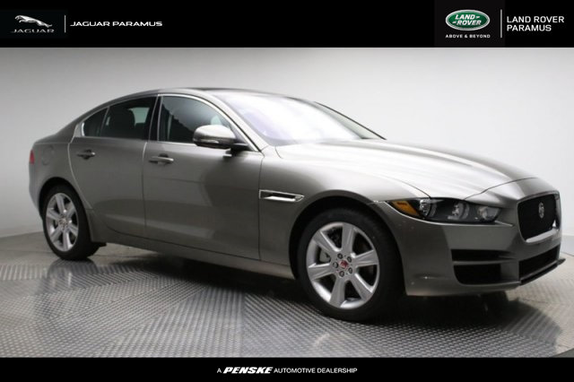 Certified Pre-Owned 2018 Jaguar XE 25t Prestige AWD